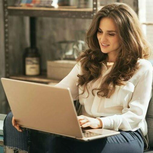 Приваты веб моделей - легкие деньги